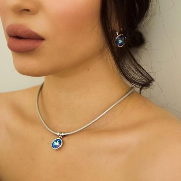Колье с кристаллами Swarovski Royal Blue Delight Fiore Luna